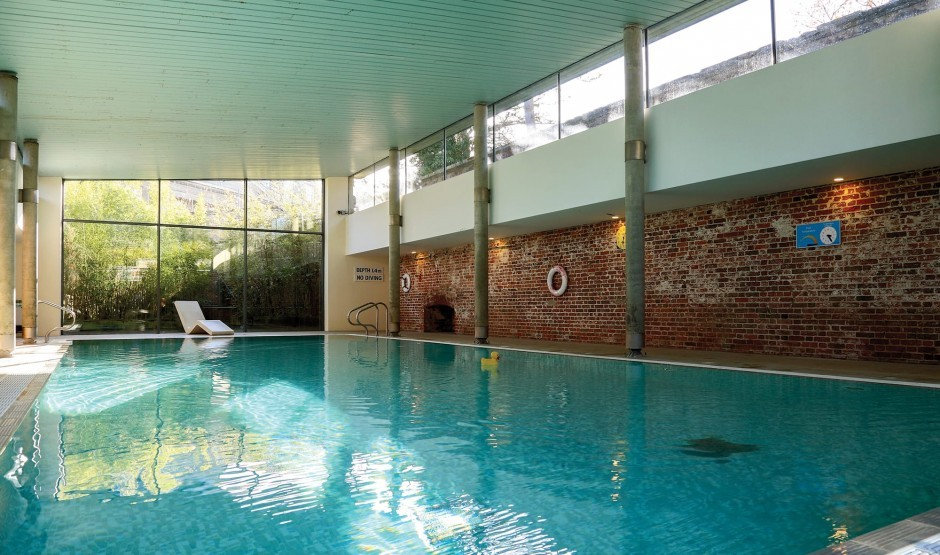 Indoor heated swimming pool in Suffolk at The Ickworth