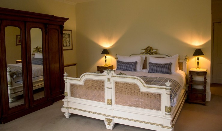 Double hotel bedroom in The Ickworth Lodge
