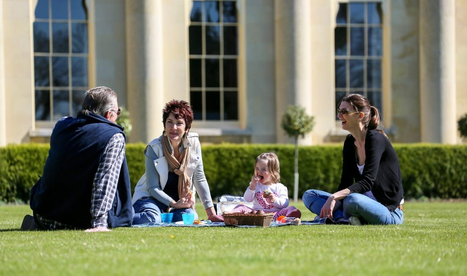 Family picnic in Suffolk at The Ickworth